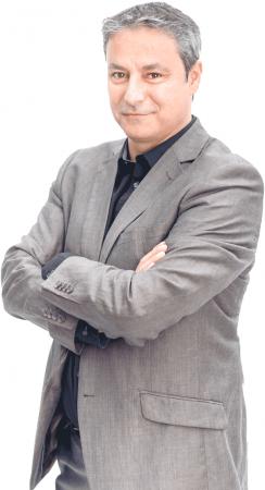 Gilles Péret - Responsable de gestión de proyectos -